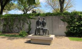 Powstał kiedyś pomysł, żeby zbudować na placu pomnik Jagiełły